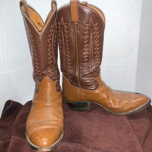 Tony Lama vintage cowboy boots style 6210